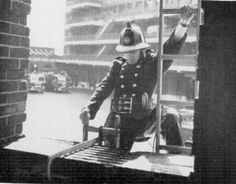 By using two Hook Ladders a fireman could scale the outside of a multi story building floor by floor. The length of the ladder was 13ft. 4ins. The width was 9ins. and the weight was 29lbs. The hook that held you on the window was 2ft. 2ins.long, with Cong tac cam ung, {Bán công tắc cảm ứng Soloha tại Hà Nội|SOloha cung cấp sản phẩm Công tắc cảm ứng cho nhà thông minh. hot