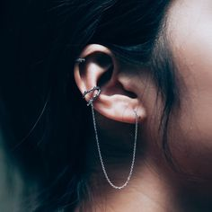 ✧♆✧ Run Wild Thorn Ear Cuff Threader Earring, a firm firm favourite here! ✧♆✧ shopdixi.com ✧♆✧ dixi // jewellery // jewelry // boho // bohemian // grunge // goth // dark // mystic // magic // witchy // sterling silver // rings // thorn // wild // wolves