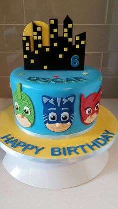 bolo decorado pj masks 7 Pj Masks Cake Topper, Pj Mask Cupcakes, Diy Cake Topper, Pj Masks Birthday Cake, 3rd Birthday Cakes, Boy Birthday Parties, Pjmask Party, Party Cakes, Torta Pj Mask