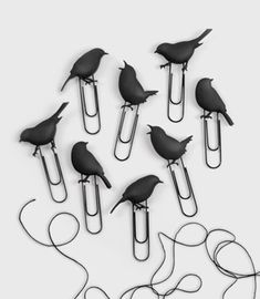 I've posted about these bird paper clips before but I found them again on Fred Flair for just $12.  (via fredflare.com)