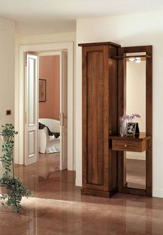 Klasszikus előszobafal - www.montegrappamoblili.hu Oversized Mirror, Divider, Hall Design, Room, Furniture, Home Decor, Spring, Bedroom, Decoration Home