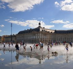 Le miroir d'eau (The Water Mirror) - Place de la Bourse - Bordeaux, France