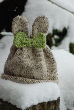 épinglé par ❃❀CM❁✿Easter Spekled Bunny Hat