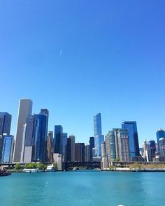 Architectural boat tour in Chicago, skyline view