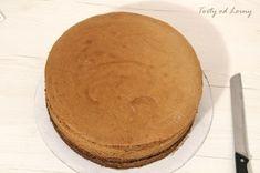 Torty od Lorny - Dobré rady nielen pre začiatočníkov - Ako upiecť jednoduchý a dobrý korpus? Pancakes, Food And Drink, Baking, Breakfast, Sweet, Recipes, Cupcake, Hampers, Morning Coffee