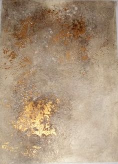 Plaster finish crackle exposes gold finish below. More than Murals : Plaster finish crackle exposes gold finish below. More than Murals Faux Walls, Plaster Walls, Textured Walls, Faux Painting Walls, Textures Murales, Distressed Walls, Paint Effects, Wall Finishes, Wall Treatments