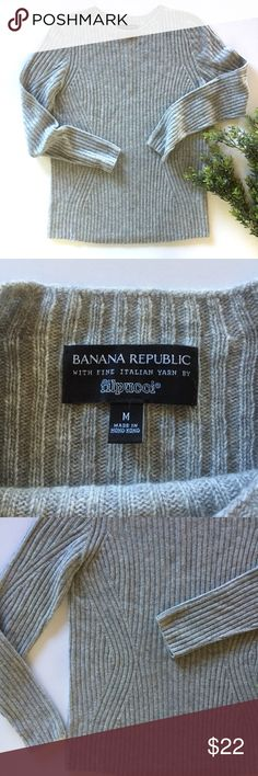 """Banana Republic heather grey sweater Cozy grey sweater in wool blend with a touch of cashmere for softness. Great condition! Measures 18"""" from underarm to underarm and 26"""" long. Filpucci Italian yarn. Banana Republic Sweaters"""