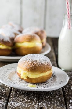 Based on the German berliners and also called sonhos, these sweets can be found at every Brazilian bakery and taste like a dream.
