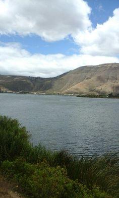 Laguna de yahuarcocha River, Mountains, Nature, Outdoor, Tejidos, Outdoors, Naturaleza, Outdoor Games, Nature Illustration