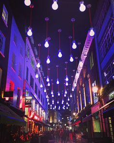 I should come to central more often you're looking good tonight London  #London #allthelights
