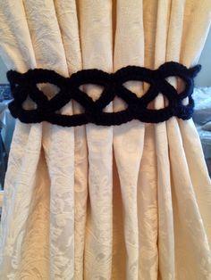 Crochet Curtain Tiebacks (black) by JinesCrafts on Etsy