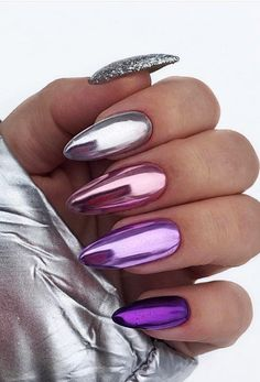 34 Trendiest and Newest Almond Nail Design You Must Have. Almond Nails Designs are a favorite style in the realm of manicure. Almond Nail Art, Almond Acrylic Nails, Long Almond Nails, Cute Nails, Pretty Nails, My Nails, Gold Nails, Marble Nails, Metallic Nails