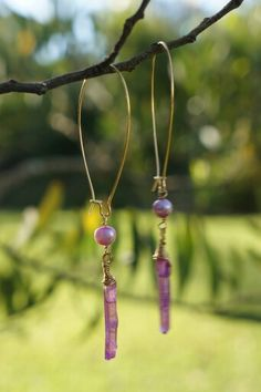 Aretes de Cuarzo de alfiler rosado con amarrado rustico y Perla natural rosada