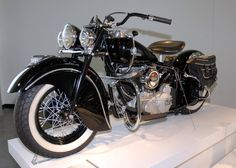 1946 Indian Chief   died and gone to heaven, this is MY DREAM BIKE :)