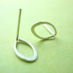 simple wire earrings   tiny wire earrings - so simple