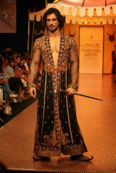 The Gentlemen's Foundation: Mumbai Fashion Week 2013