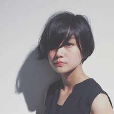 Simple and beautiful short bob ideas - Top Trends Short Bobs Haircuts Look Sexy and Charming! Blunt Bob Hairstyles, Short Bob Haircuts, Latest Hairstyles, Medium Hairstyles, Braided Hairstyles, Wedding Hairstyles, Short Hair Cuts, Short Hair Styles, Dream Hair