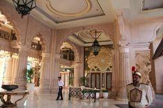 Leela Palace Bangalore, Hotel in India