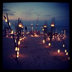 romantic does not even begin....=3 doing this for the reception enterance!! ONE DAY!!!!! PERFECT!!!