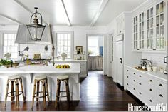 South Shore Decorating Blog: Saturday Beauty