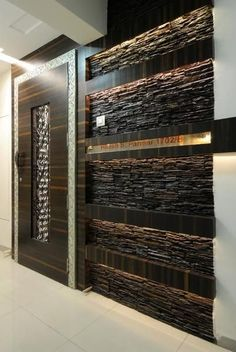 Custom Wooden Door with Stone Wall - Holztür Design Wooden Door Design, Main Door Design, Entrance Design, Wooden Doors, Wooden Windows, Ceiling Design, Wall Design, House Design, Ceiling Ideas