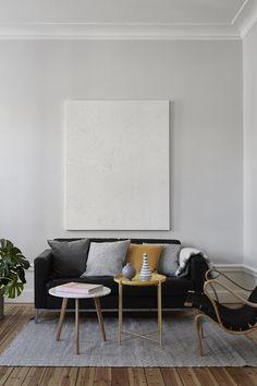 gladom tabletttisch dunkelgr n. Black Bedroom Furniture Sets. Home Design Ideas