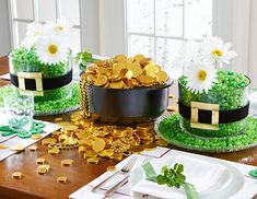 St Patrick's Day - The Pampered Chef® Make your own luck this St. Paddy's Day. Try these clever twists on our versatile products and sample some Irish-inspired recipes. Your next party will be golden! http://new.pamperedchef.com/pws/aimeewoodley/st-patricks-day-table
