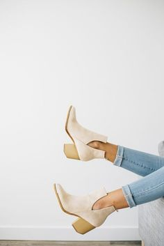 Perfectly plunging booties for the fall. Let DailyDressMe help you find the perfect outfit for whatever the weather!