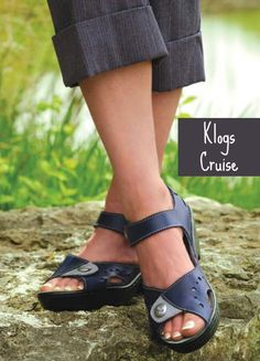 5 stylish sandals and shoes that accommodate orthotics. This one is the Klogs Kruise!