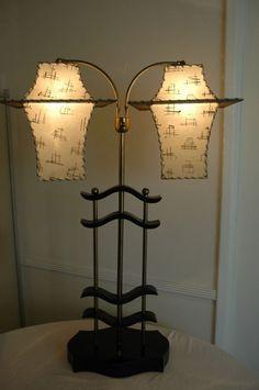 1950's majestic pagoda table lamp
