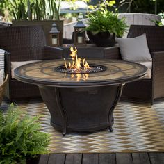 The Agio Cirrus 52 in. Round Fire Pit Table with FREE Cover combines the traditional and the rustic to create a breathtaking addition to your new patio. Small Outdoor Patios, Outdoor Fire, Small Patio, Round Fire Pit Table, Fire Table, Outside Fire Pits, Cool Fire Pits, Patio Dining, Outdoor Dining