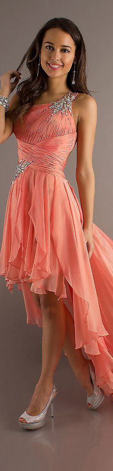 long formal dress <3 im looking for a long one at the front too (yr 12 formal), but i love the top part of the design!
