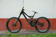 Specialized Demo 8 - Wild Cat's Bike Check - Vital MTB