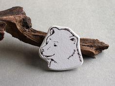 Broschen - Brosche Bär handbemalt - ein Designerstück von DasRotkehlchen bei DaWanda