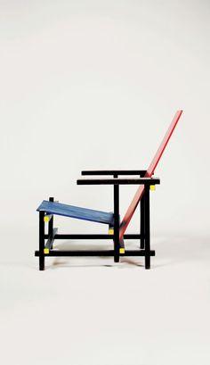 Esta cadeira foi inspirada no De Stijl – movimento artístico surgido na Holanda em 1917, que pregava o abstracionismo geométrico. Sendo Mondrian o mais conhecido dos artistas no Stijl.    Mondrian