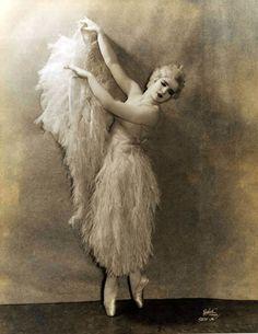 harriet hoctor, 1926