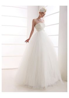 Ball Gown Strapless Floor-length Tulle Wedding Dress, via Flickr.