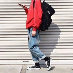 "Reposting @t_mtm329: ... ""スクエア実験中(戻すかも) ㅤㅤㅤㅤㅤㅤㅤㅤㅤㅤㅤㅤㅤ このデニムテーパード可愛いんです ㅤㅤㅤㅤㅤㅤㅤㅤㅤㅤㅤㅤㅤ 赤って被るんですね ㅤㅤㅤㅤㅤㅤㅤㅤㅤㅤㅤㅤㅤ #f4f #instafashion #followme #ootd #古着 #古着好きな人と繋がりたい #古着コーデ #お洒落さんと繋がりたい"" Menswear mode style fashion outfit ootd streetstyle"