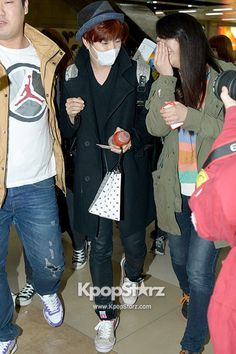 Boy Friend at Kimpo Airport Return to Korea from Japan on March 12, 2013