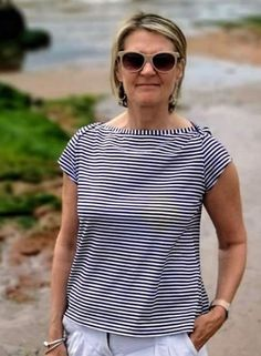 Jackie's Romy Top - Sewing Pattern by Tilly and the Buttons