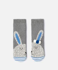 Bunny socks, null€ - null - Find more trends in women fashion at Oysho . Cosy Socks, Fluffy Socks, Invisible Socks, Sock Animals, Kids Socks, Happy Socks, Slipper Socks, Fashion Socks, Leggings