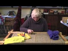 Hooky and Proggy Mats - A Beginner's Guide with textile artist Ali Rhind. Wonderfully clear instructions.