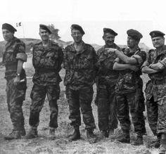 Leaders of French Elite airborne forces in Algeria : from left to right, gn. Massu (leader of 10ème DP), Lt Colonel Perrin (20ème groupe d'artillerie aéroporté / Airborne Artillery), Colonel Brothier (10ème DP) Colonel Mayer (1er RCP), Colonel Jeanpierre (1er REP) Colonel Romain-Desfossés(6ème RPC).