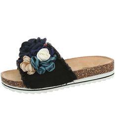 módny eshop s najnovšími trendami Slippers, Shoes, Fashion, Moda, Zapatos, Shoes Outlet, Fashion Styles, Slipper, Shoe