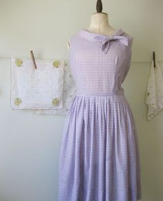 http://www.thefabledneedle.com/blog/tag/gingham/