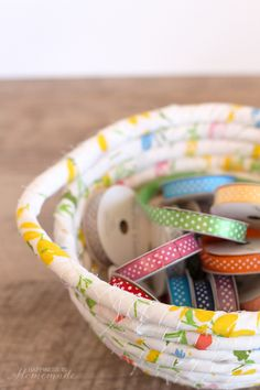 Vintage Fabric Wrapped Basket - love that it's no sew!!