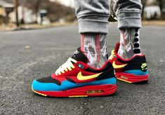 Nike Air Max 1 ID : plus de 90 inspirations (photos on feet) Air Max 1, Nike Air Max, Nike Air Shoes, Nike Shoes Outlet, Air Max Sneakers, Adidas Sneakers, Hype Shoes, Men's Shoes, Shoe Boots