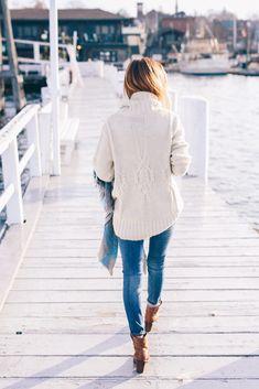 Turtleneck sweater, skinny jeans and plaid scarf #streetstyle #fashion #denim | Proseccoandplaid.com