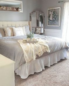 Rustic master bedroom farmhouse style remodel ideas (53)
