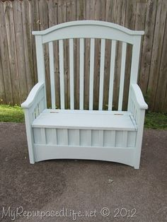 Tutorial for crib into toy box bench.